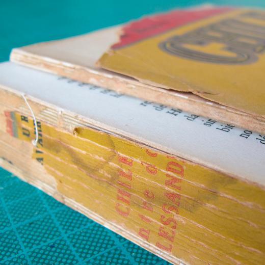 restauración de un libro de política chilena