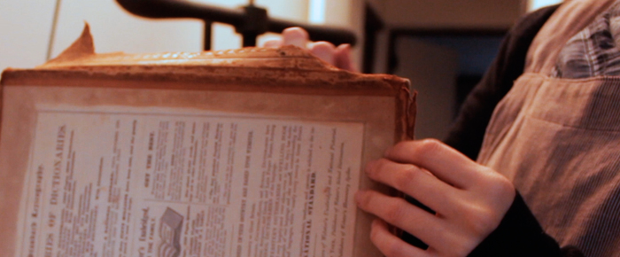http://totplegat.cl/wp-content/uploads/2015/07/Restauracion_enciclopedia_inglesa.jpeg