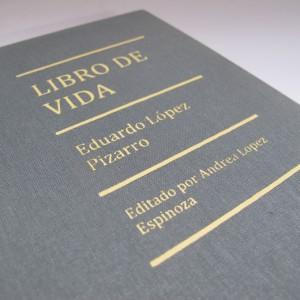 encuadernación de un libro de vida